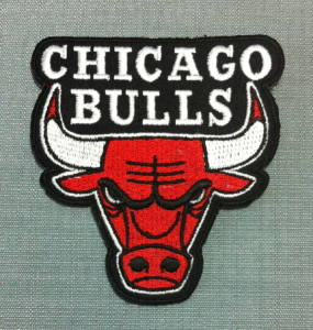 chicago bulls logo©alittlemercerie